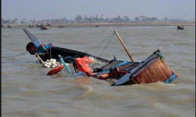 Boat capsizes